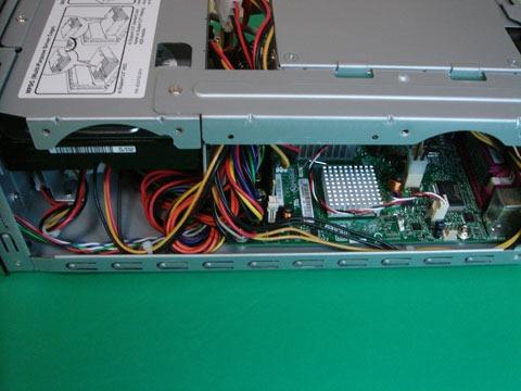 AOpen-LE200-02.jpg