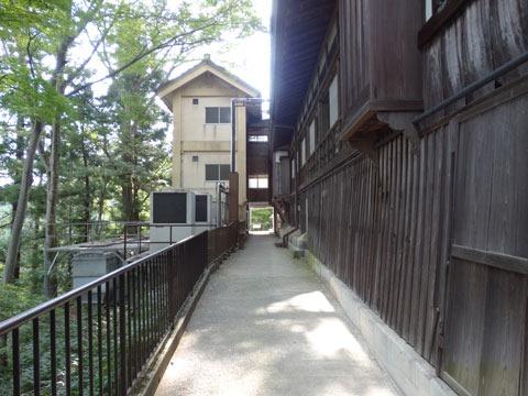Mount-Takao-and-Yakuouin-11